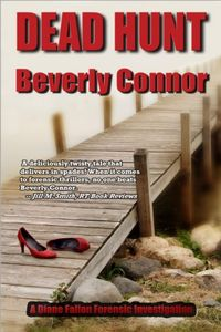 Dead Hunt by Beverly Connor
